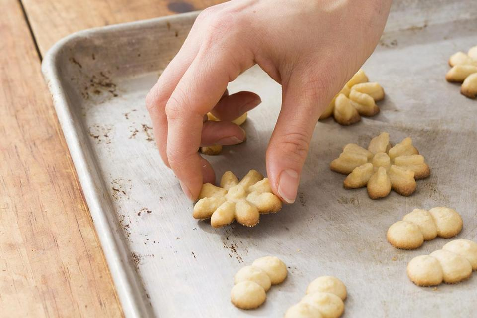 Recipes for biscotti and more Italian-American bakery cookies