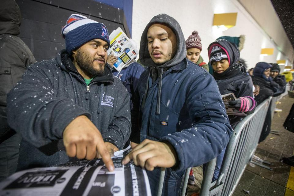 Nov 26, · Customers shop at the Best Buy store, which opened at 1am, in Cambridge, Massachusetts November 29, Black Friday, the day following the Thanksgiving Day holiday, has traditionally been the.