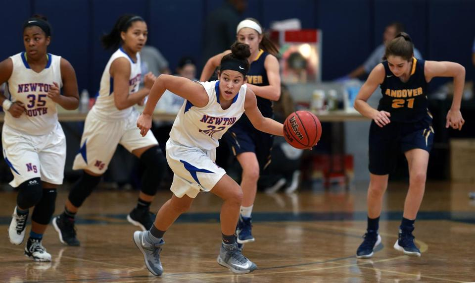 Boston, MA- 12-11-16: Veronica Burton (22) of Newton South High School is pictured during a game vs. Andover High School held at the Jean Yawkey Center Gym on the campus of Emmanuel College. (Jim Davis/Globe Staff) reporter: unknown topic: 18wehoop(2)