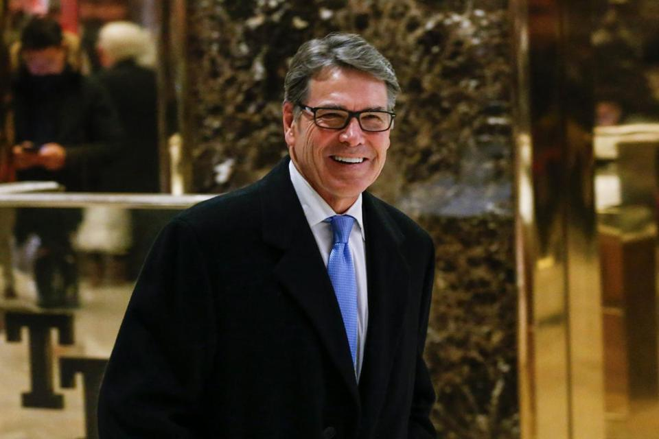 Former Texas Gov. Rick Perry leaves after a meeting with US President-elect Donald Trump at Trump Tower December 12, 2016 in New York. / AFP PHOTO / KENA BETANCURKENA BETANCUR/AFP/Getty Images