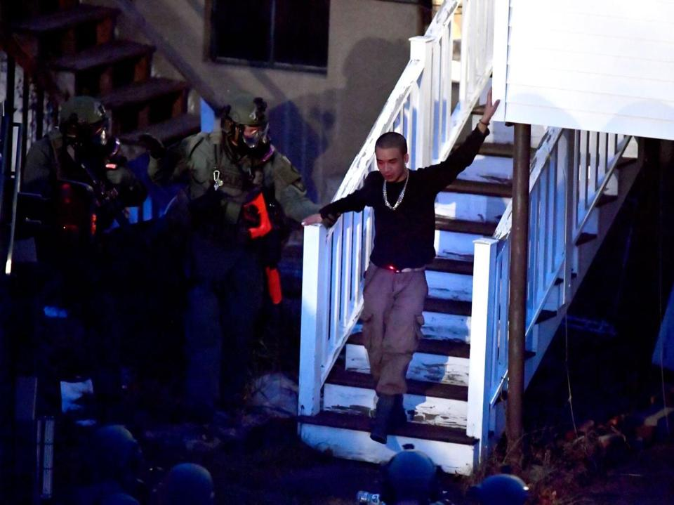 Arlington Police Use Swat Team To Capture Barricaded Armed Man