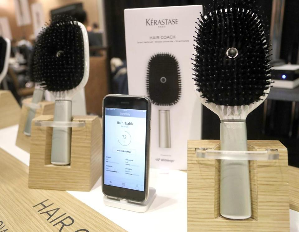 epa05697032 French-made Kerastase smart Hair Coach hairbrush with connectivity to smart phones is displayed at the 2017 International Consumer Electronics Show (CES) in Las Vegas, Nevada, USA, 03 January 2017. The annual CES, where industry manufacturers, advertisers and tech-minded consumers converge to get a test new gadgets and innovations coming to the market each year, runs from 05 to 08 January. EPA/MIKE NELSON