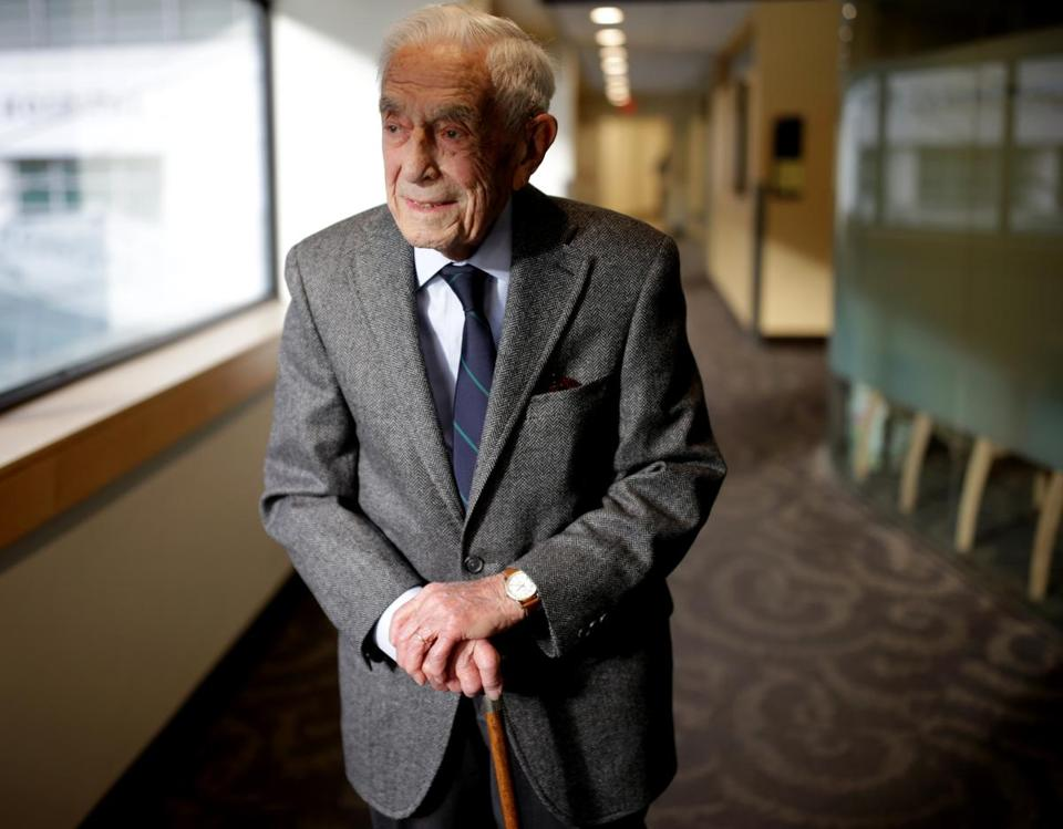Boston Ma- 01/05//2017 Dr. Walter Guralnick (cq) is 100 years old. He is no longer seeing patients but works at MGH s, several time a week in a administrative capacity.Jonathan Wiggs /GlobeStaff) Reporter:Topic