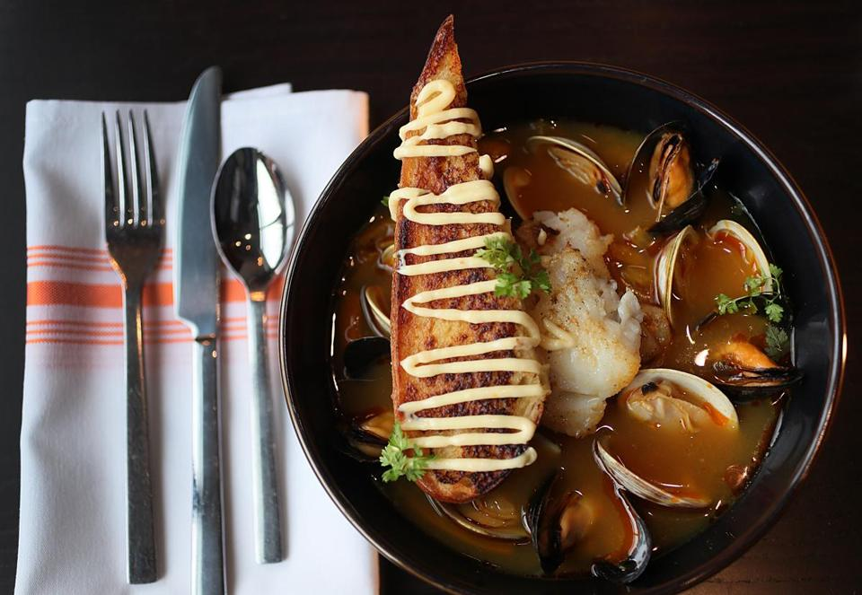 If you lived here, you\'d be eating now - The Boston Globe