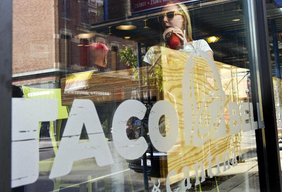 Is Davis Square getting a high-end Taco Bell? - The Boston Globe