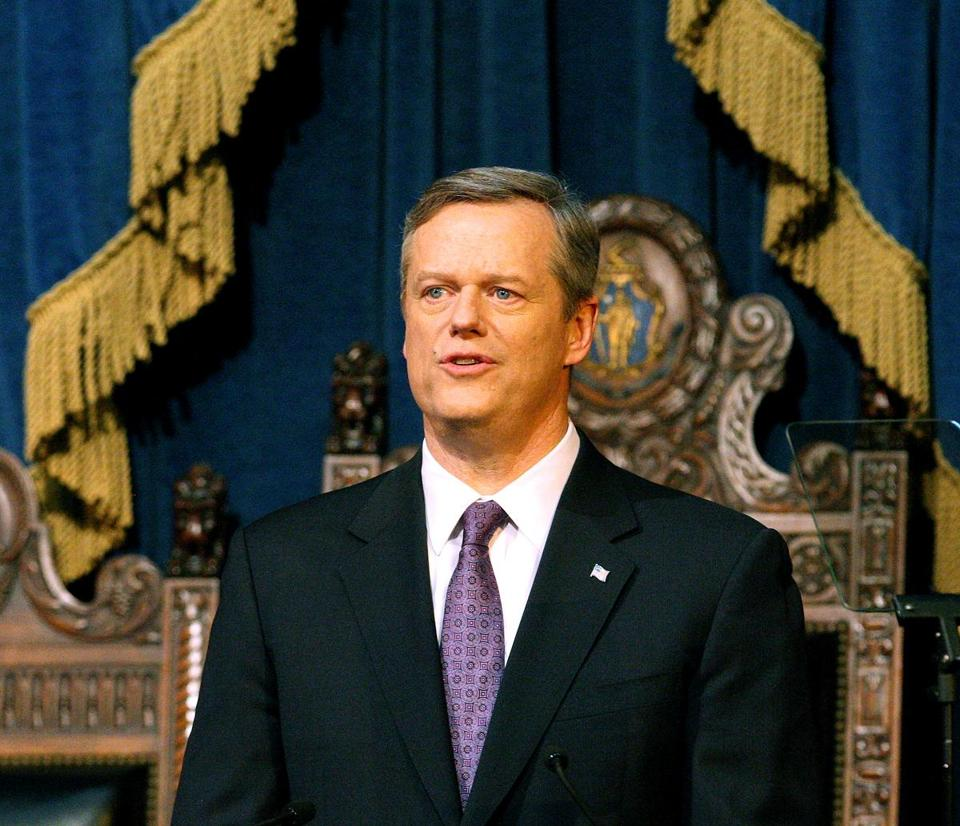01-24-2017: Boston, MA: Massachusetts Governor Charlie Baker gives his annual state of the state speech in the House chamber of the State House in Boston, Mass. January 24, 2017. Photo/John Blanding, Boston Globe staff story/, Metro ( 25state )