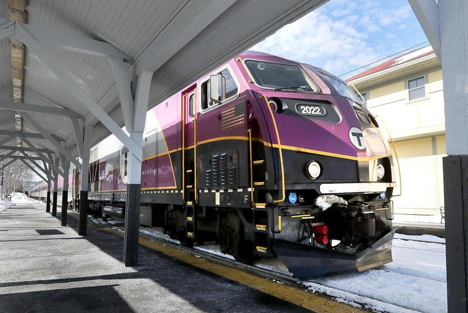 Manchester-by-the-Sea, MA: 02-18-2017: MBTA commuter rail train from Boston pulls into the station in Manchester-by-the-Sea, Mass. Feb. 18, 2017. Photo/John Blanding, Boston Globe staff story/, Business ( 022617location )