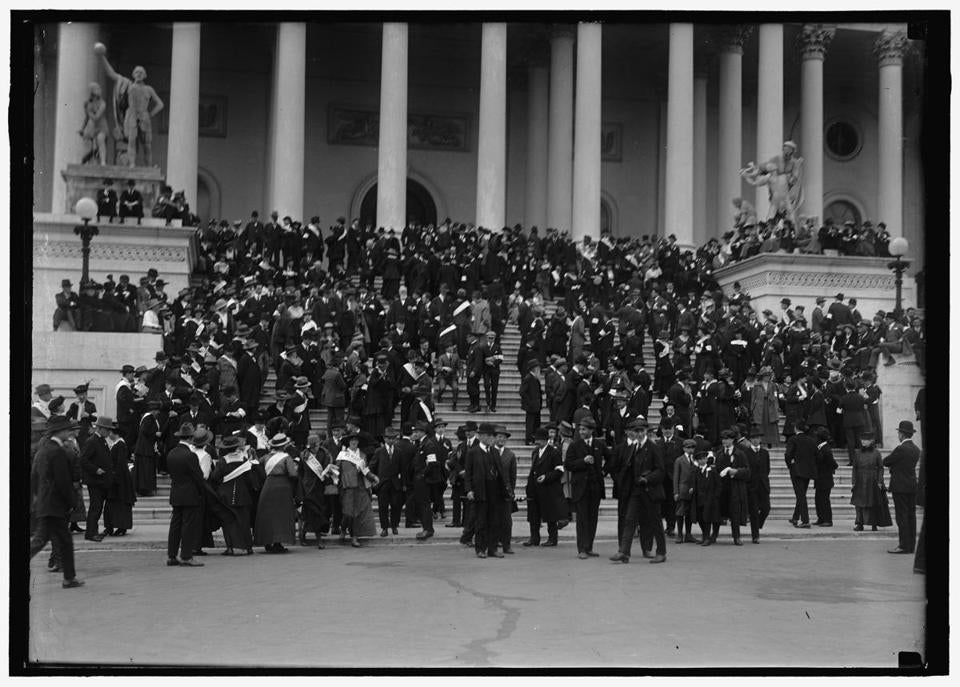 Anitwar protestors on the steps of the US Capitol.