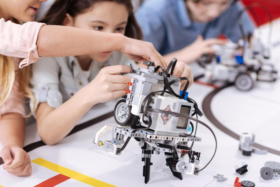 Students in middle school and above are invited to learn about robotics and STEM related careers at MassRobotics.