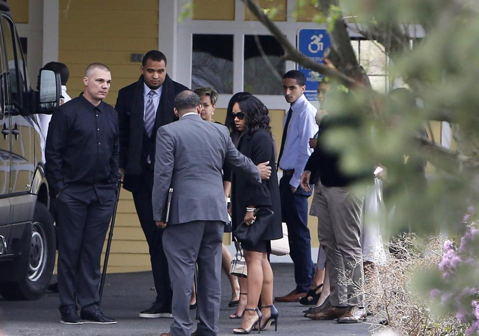 Shayanna Jenkins-Hernandez arrived with her daughter for the funeral of Aaron Hernandez in Bristol, Conn.