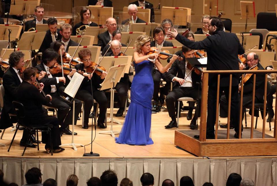 Anne-Sophie Mutter performing with Andris Nelsons and the BSO Thursday night.