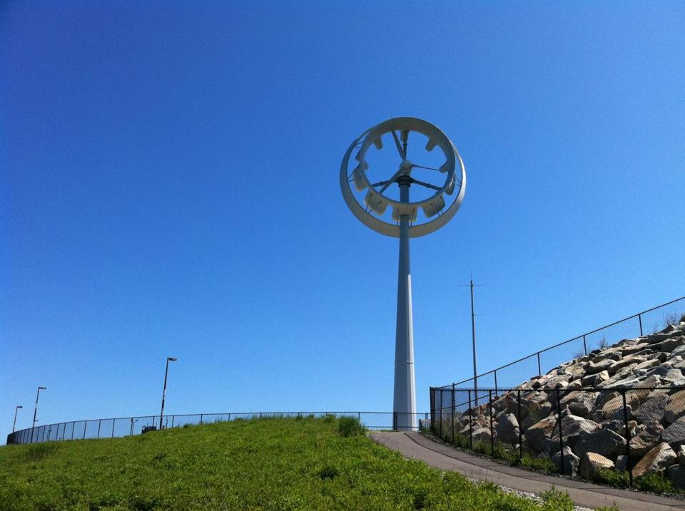 Ogin Inc., previously FloDesign Wind Turbine, in 2011 installed a windmill on Deer Island, to supply power to the water treatment plant there. It's no longer in operation.​