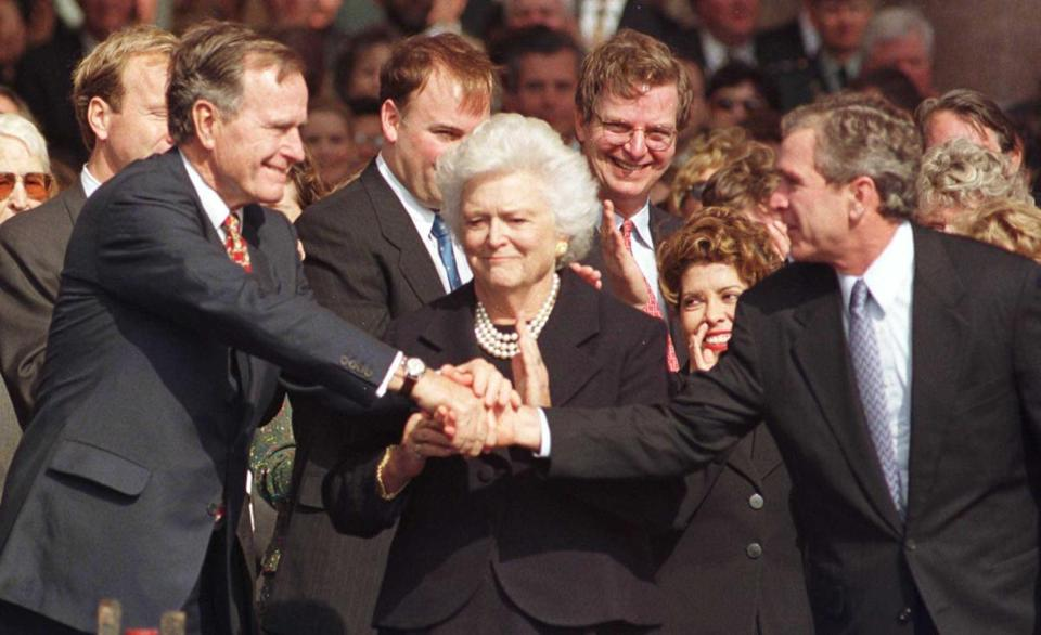 Barbara Bush Matriarch In A Political Dynasty Dies At 92 The