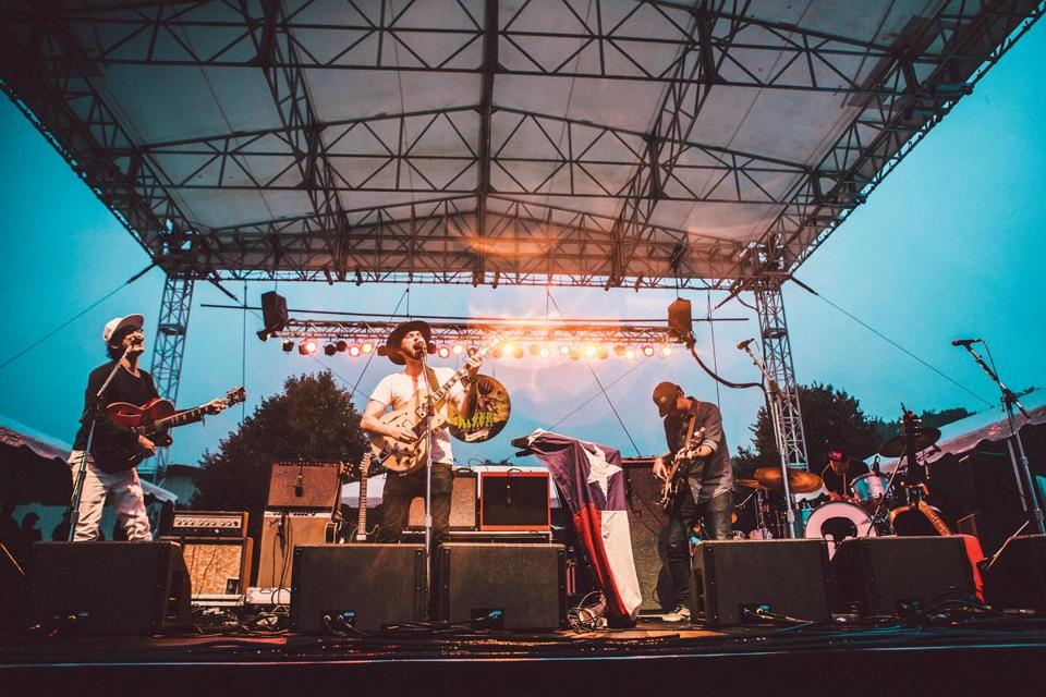 Alejandro Rose-Garcia (at right), a.k.a. Shakey Graves, at the 2016 Green River Festival in Greenfield