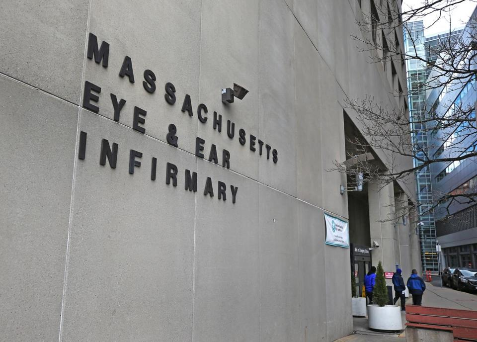 Mass. Eye and Ear has carved out a niche for treating ailments of the eyes, ears, nose, and throat, but it needs the financial support and broader patient base that come with being part of a larger organization, executives say.