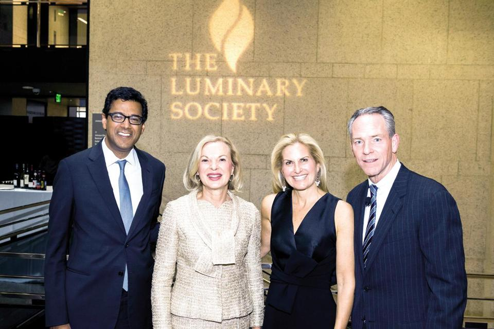 Gawande speaks at Luminary Society dinner - The Boston Globe