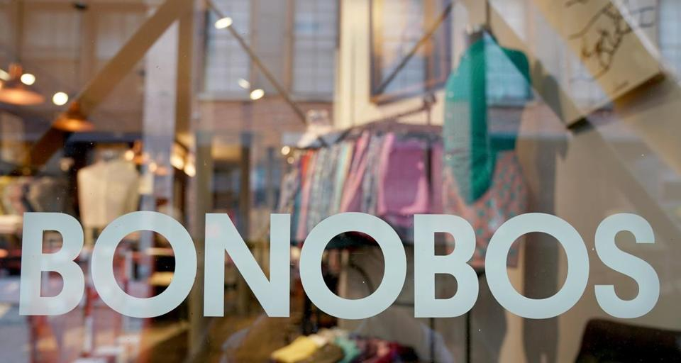 epa06031880 A Bonobos Guide Shop in New York, New York, USA, 16 June 2017. Walmart announced on 16 June 2017 that it will buy the men's clothing retailer Bonobos for 310 million US dollars. EPA/ANDREW GOMBERT