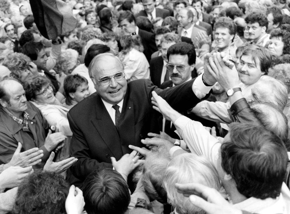 Mr. Kohl was cheered by a large crowd of East Germans prior to reunification in 1990.