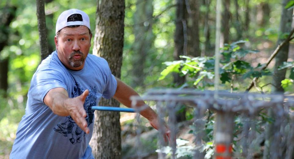 Disc golf a growing hit with young, old