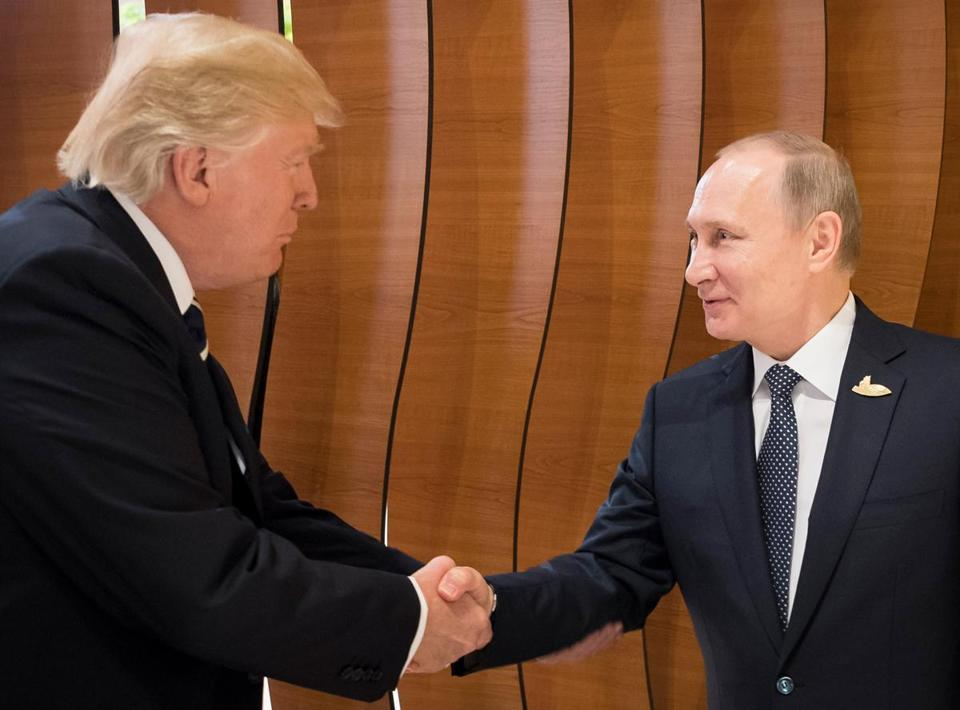 The much-anticipated handshake by President Trump and President Vladimir Putin of Russia at the G-20 Summit in Hamburg, Germany, on Friday gave body-language experts a lot to talk about.