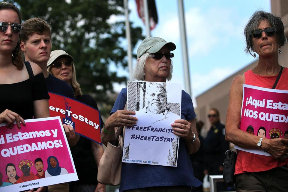 Boston, MA - 8/03/2017 - Supporters gather at rally at South Bay immigration detention center in support of MIT janitor Fransisco Rodriguez. - (Barry Chin/Globe Staff), Section: Metro, Reporter: Correspondent, Topic: 04rodriguez, LOID: 8.3.3312803167.