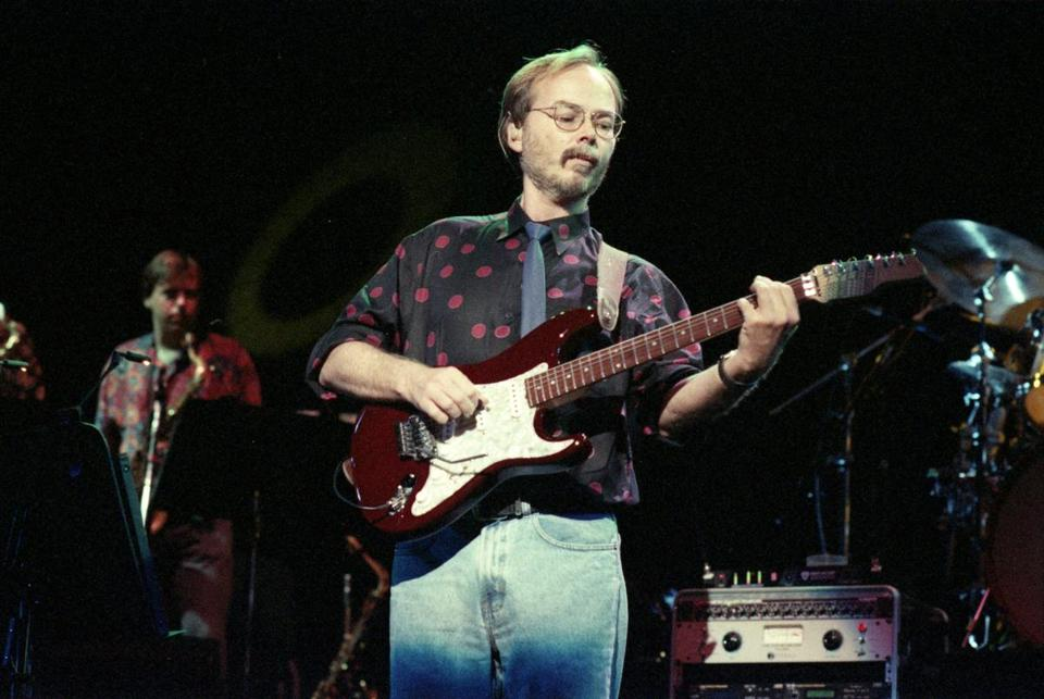 Walter Becker performs with Steely Dan at Great Woods Center for the Performing Arts in 1993.