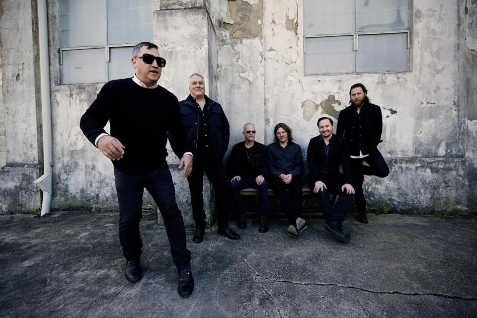 Greg Dulli and the Afghan Whigs play the Paradise Rock Club Thursday.