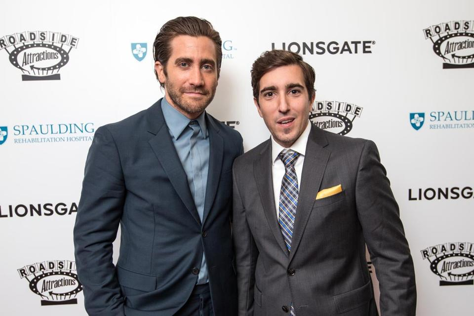 Gyllenhaal and Bauman posed for photogs.