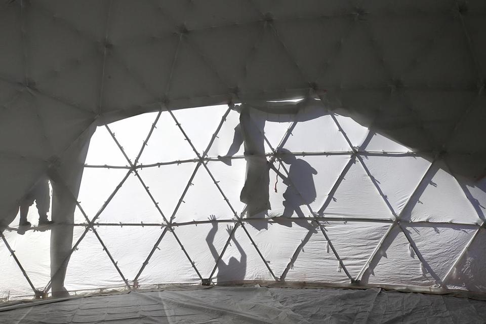 Boston, Ma. 10/10/17, HUB Week is getting under way with the building of the giant domes on City Hall Plaza. Suzanne Kreiter/Globe staff