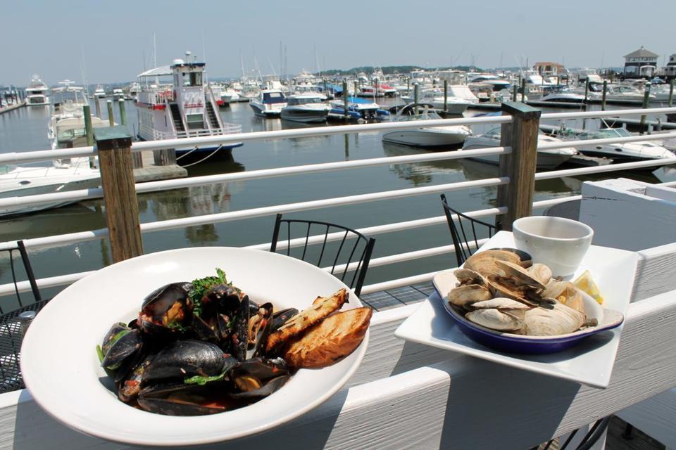 Restaurant owning frattaroli clan adds captain fishbones for Fish bones restaurant