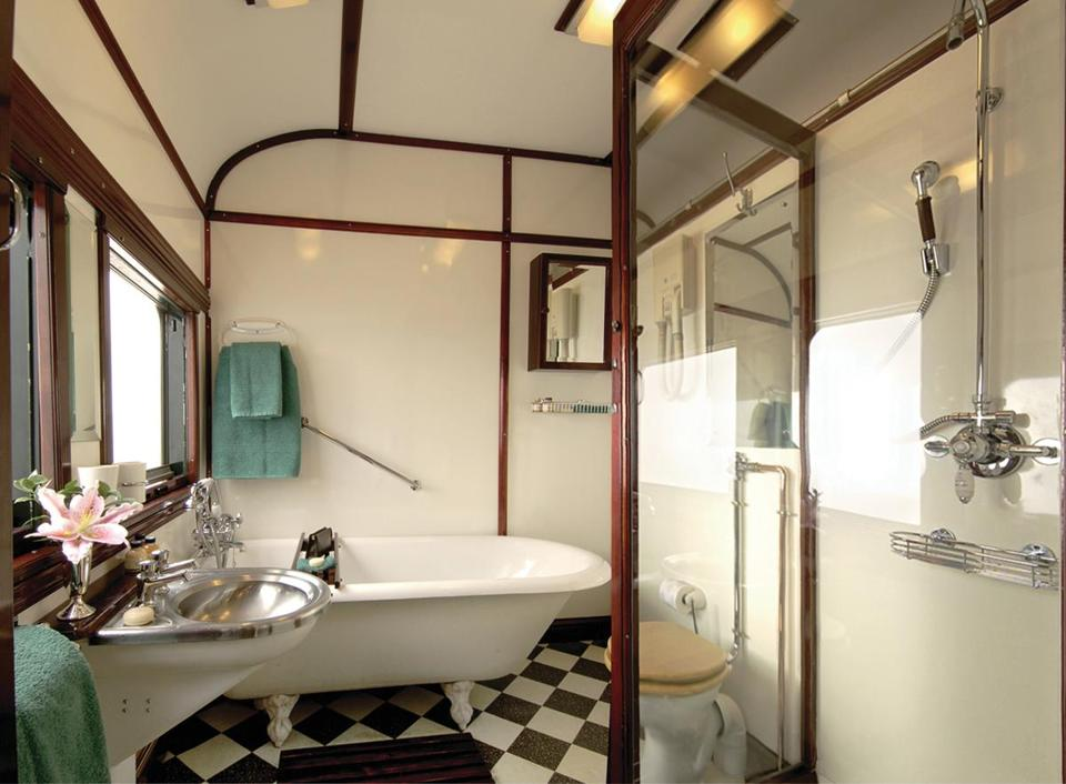 A deluxe bathroom aboard Rovos Rail Pride of Africa.