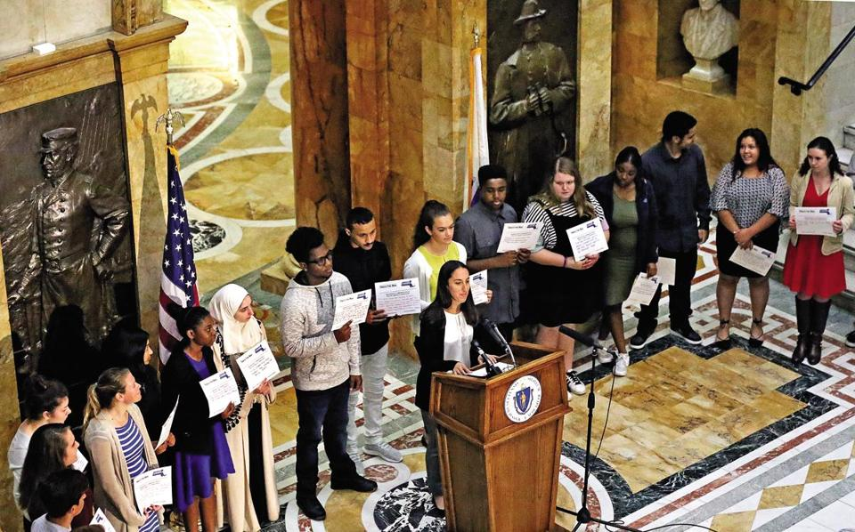 Youth from across the state visited the State House on Wednesday to share their 21 reasons to raise the tobacco-buying age.