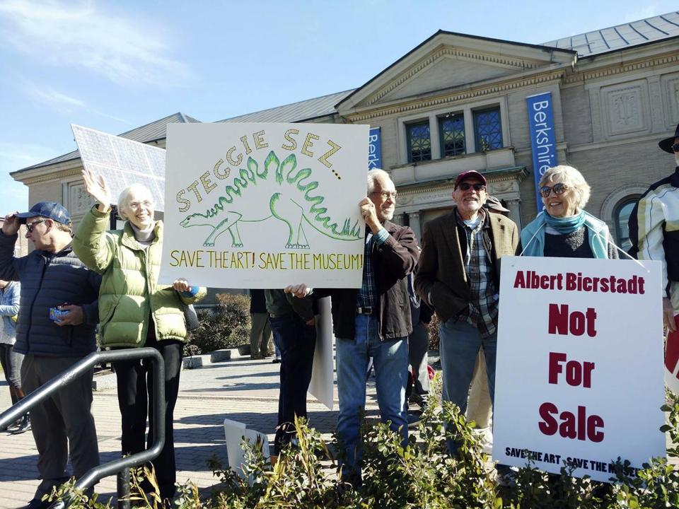 Protesters at the Berkshire Museum in Pittsfield decried the museum's planned sale of several works of art.