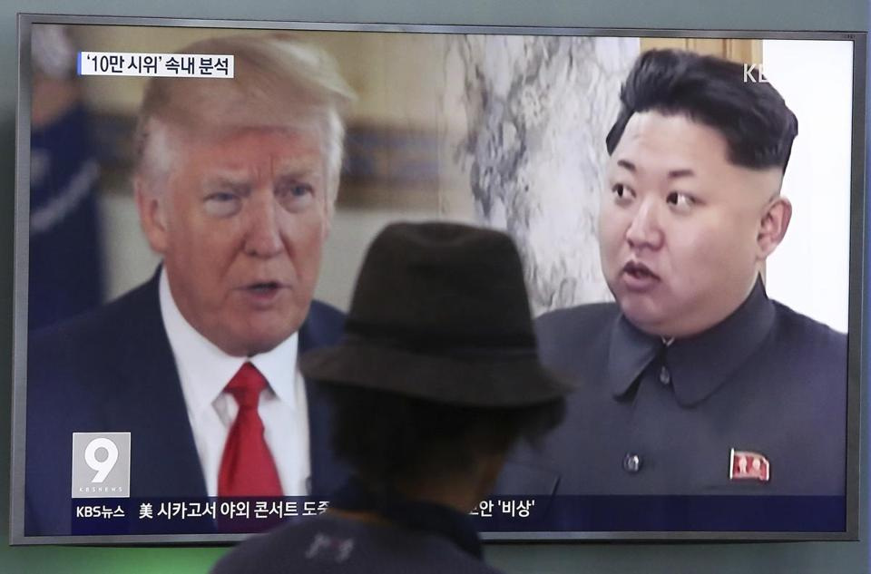 A man watched a television screen showing President Trump and North Korean leader Kim Jong Un during a news program at the Seoul Train Station in South Korea.
