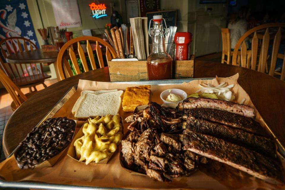 12nodine - The two-meat combo with St. Louis ribs (right) and brisket. (Rusty Can)