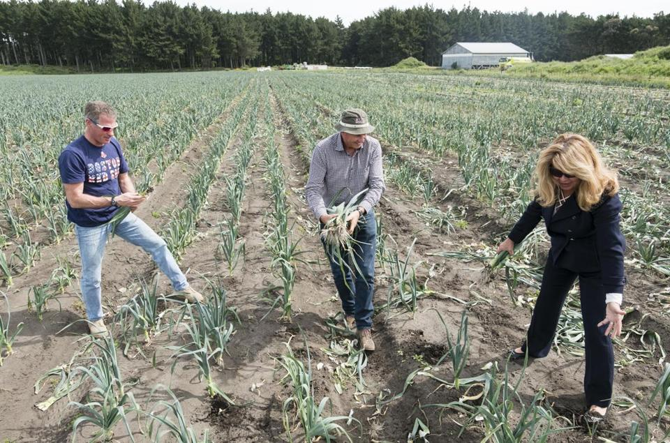 Hew Dalrymple picked leeks with the ambassador and Brown's wife, Gail Huff, at Te Hou Farm.