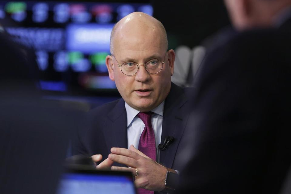 General Electric chief executive John Flannery unveiled a dramatic restructuring of the conglomerate Monday.
