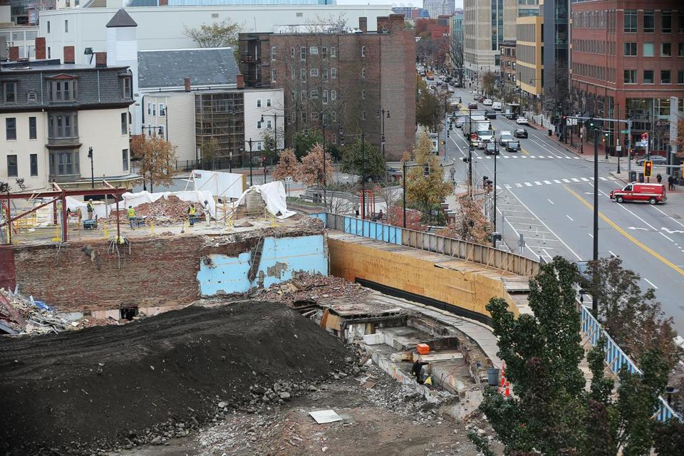 Cambridge, MA - 11/14/2017 - The site in Cambridge's Central Square, bordered by Massachusetts Avenue, Columbia Street, Bishop Richard Allen Drive and Douglass Street (cq) is being developed into the Mass + Main apartment tower complex. (Looking toward Boston, Massachusetts Avenue is on the right.) Photo by Pat Greenhouse/Globe Staff Topic: 15massmain Reporter: Timothy Logan