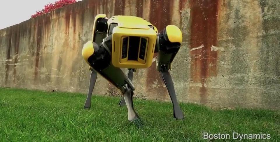 Jeff Bezos And The Futuristic Dog Robot From Boston Dynamics Step