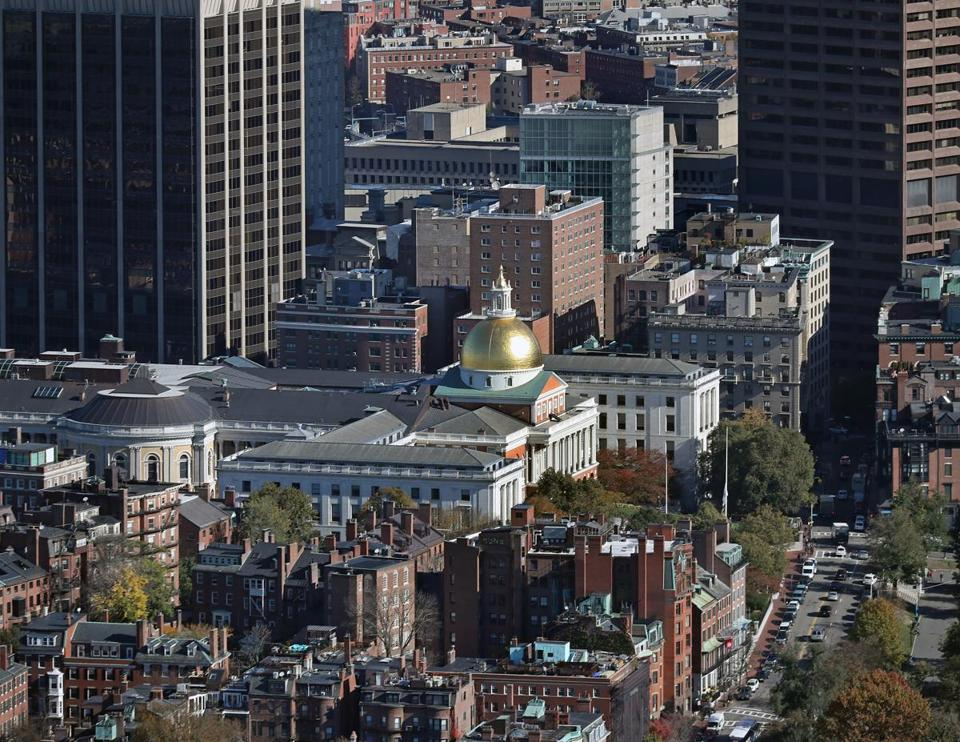 BOSTON, MA - 11/09/2017: Boston view looking up Beacon Street and Beacon Hill with the State House aerial (David L Ryan/Globe Staff ) SECTION: TOPIC