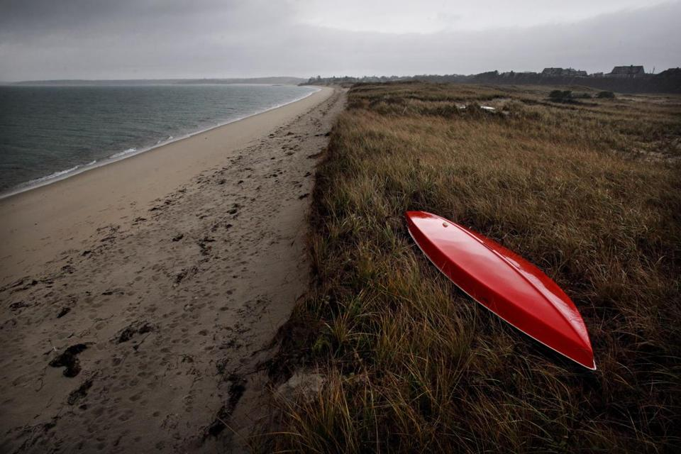 Chatham's eroding public beaches on Nantucket Sound could soon be revitalized, after a $750, 000 beach nourishment plan was endorsed by the town's selectman at their weekly board meeting.