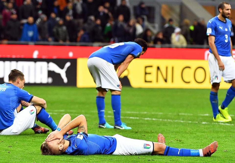 Italian players were dejected after missing out on the World Cup.