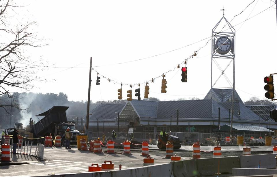 Another delay for the Forest Hills road work - The Boston Globe