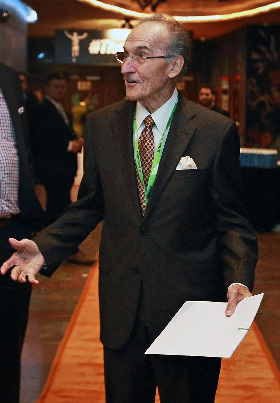 Former Patriots star and broadcaster Gino Cappelletti was honored at the Globies.