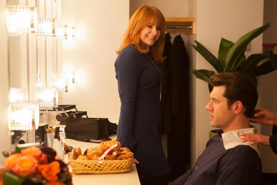 "Billy Eichner, Julie Klausner in ""Difficult People"" on Hulu. Photo credit: Linda Kallerus/Hulu -- 17Buzzsaw 17yeartvpicks"