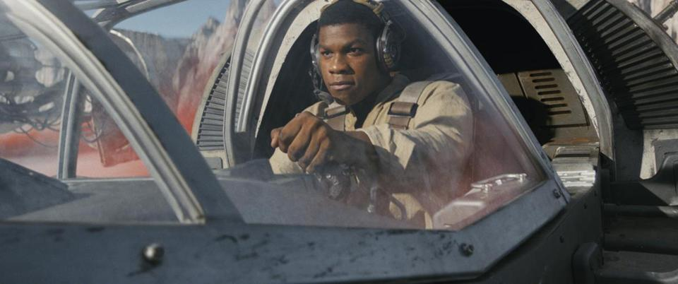 Finn (John Boyega) in a Ski Speeder on the planet Crait in the 2017 film STAR WARS: THE LAST JEDI, directed by Rian Johnson. Photo: Industrial Light & Magic/Lucasfilm.©2017 Lucasfilm Ltd. All Rights Reserved.