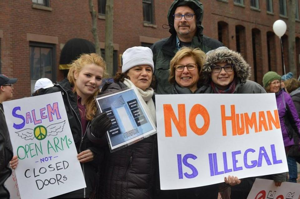 31noyearend - Supporters of Salem as a sanctuary city attended a rally for the ordinance on March 26, 2017. (Sara Wolfson)