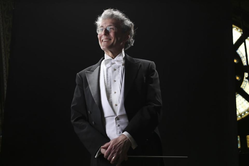 Martin Pearlman will lead the Boston Baroque on its annual New Year's concerts on Dec. 31 and Jan. 1.