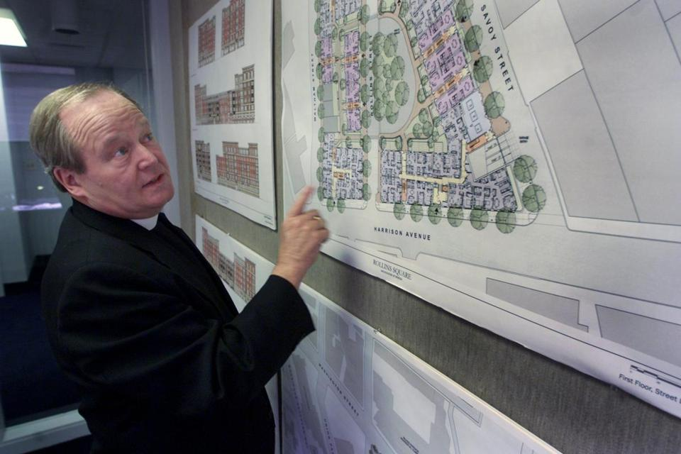 Monsignor Groden served as director of the Archdiocese's Planning Office for Urban Affairs.