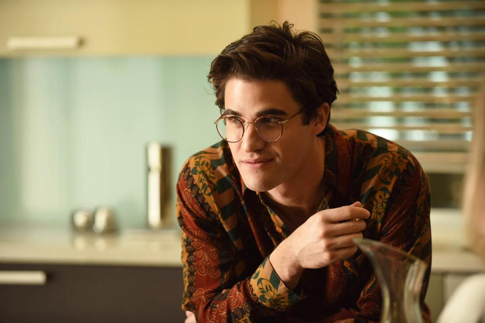 Darren Criss stars as serial killer Andrew Cunanan.